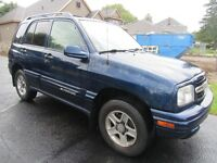 2003 CHEVROLET TRACKER LT-ONE OWNER-MINT CONDITION-VERY LOW KMS.