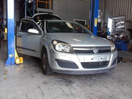 HOLDEN AH Z18XE Astra 1.8 Trans & Fitment Package Neerabup Wanneroo Area Preview