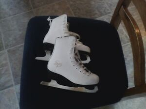 Girls SP-CCM Figure Skates