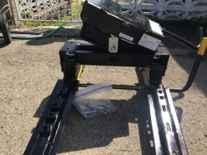 Husky Adjustable EZ Roller 5th Wheel Pickup truck Trailer Hitch