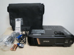 New Epson Pro Wireless WUXGA 3LCD Full 1080 Projector HDMI 3200
