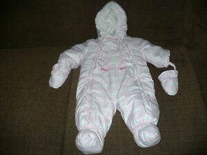 Infant Girl Snowsuit Size16 Pounds London Ontario image 1