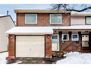 Home for sale, Orleans - Chateauneuf - Ottawa $221,900