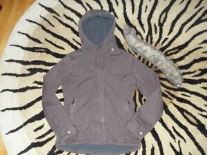 Bench. winter coat