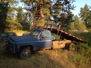 1979 Chevrolet Duelly Flat Bed Dump