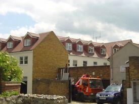 Newly Refurbished 2 Bedroom Flat located on Sun Street, Waltham Abbey EN9