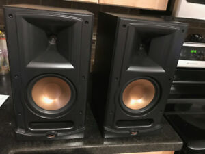 Klipsh RB-600 Bookshelf Speakers