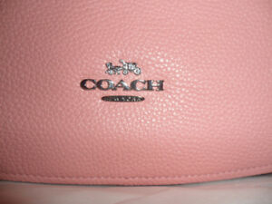 New authentic COACH Chelsea Hobo Bag Peony colour leather