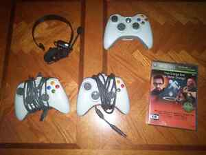 Xbox360 3 controller and 1 game