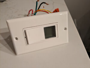 Leviton Vizia+ Digital Timer Switch