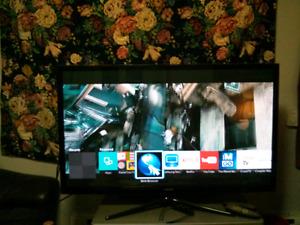"""Samsung 51"""" Plasma Smart Tv"""