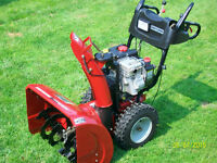 Craftsman 9.5 horse B&S 27 inch Snowblower (Beautiful)