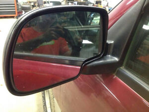 Power Heated Mirrors for 03-06 Chevy / GMC London Ontario image 4
