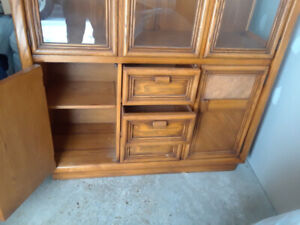 Sylar-Pepper china cabinet.