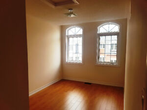 Upper Level Bedroom Available for Rent in Brampton
