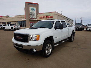 2012 GMC 2500 SLT/Gas/4x4/Leather $31,987