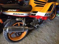 Honda CBR 600 cc classic motorcycle, suzuki yamaha road legal