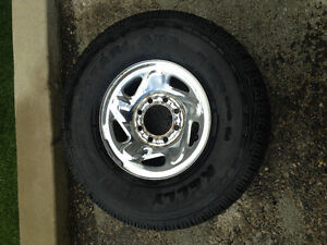 Five 8 Bolt 16in Dodge Rims and One Good Tire
