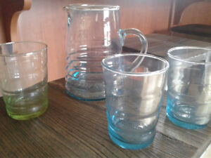 Recycled glass water pitcher + 6 glasses. No cracks or chips.