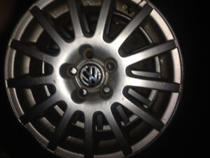 4  15inch 5 bolt vw alloys with summer tires