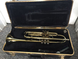 Bach TR300 Trumpet with extras