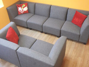 BEAUTIFUL 6 PIECE GREY MODULAR COUCHES - USED 3 WEEKS London Ontario image 2
