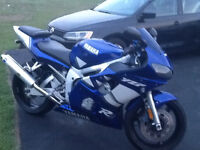 R6 for sale.