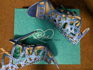 Blue by Betsey Johnson High Heels size 7