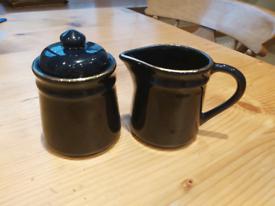 Milk Jug & Sugar Bowl Dark Blue With Gold Rim