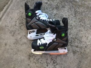 Boys Skates size 8 in good condition