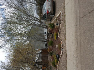 Excellent home available June 1st in Redcliff