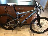 Mongoose full suspension mountain bike £190