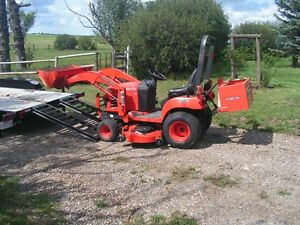 Kubota BX185 w/ new Mower, Front end Loader and Weight Box