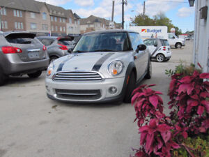 2011 MINI COOPER Classic Coupe CLEAN CARPROOF MAINTAINED