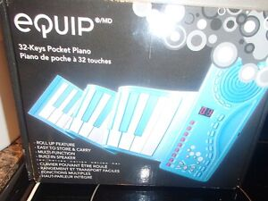 ROLL UP PIANO--BRAND NEW!