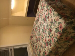 Room with double bed for rent