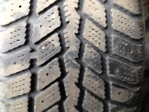 2 pneu hiver nexen 205-55-r16