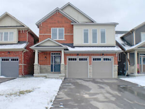 4 BEDROOM SINGLE DETACHED HOUSE W/ DOUBLE CAR GARAGE IN OSHAWA
