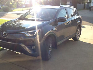 Lease Takeover 2016 Toyota RAV4 XLE SUV, Crossover