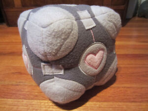Portal 2 Weighted Companion Cube Plush/Stuffed Toy
