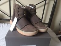 ADIDAS YEEZ BOOST 750, BROWN AND GUM BOTTOMS, SIZE UK 7, WITH RECEIPT!