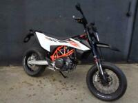 KTM 690 SMC-R SUPERMOTO MOTORCYCLE