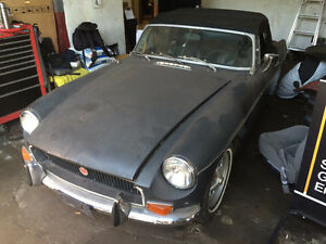 REDUCED! BEAUTIFUL 1972 MG MGB!!