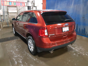 2014 Ford Edge with Low Kms