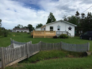 3 bedroom cottage in Caissie Cape, 200 steps from the beach