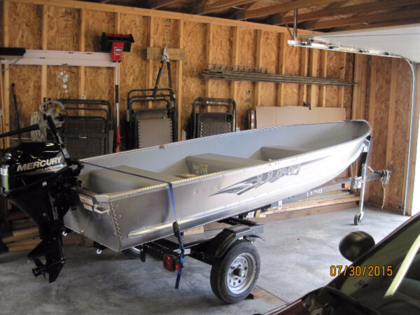 Used 2015 Lowe Boats 14 Foot Lund