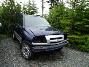2001 Suzuki Vitara SUV for PARTS
