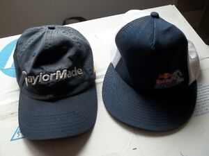 2 Casquettes 1 Redbull + 1 Taylormade