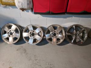 """Parfait pour l'hiver - 17"""" mags wheels rims - perfect for winter"""