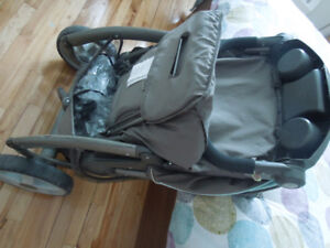 Stroller with snugride Classic Connect 30 de Graco included